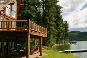 Five Star Vacation Cabin Rentals of Montana :: Select from 30+ high-quality properties. We can match you to your ideal location, lifestyle activity, season & group size. From budget to luxury, Whitefish to Glacier Park.