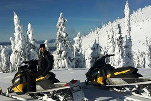 """Swan Mountain - Snowmobile Tours & Rentals :: Now offering Flathead Valley's ONLY two-hour guided snowmobile tours, the Desert & Crane Mountain """"Quickies""""! Plus, we offer 1/2 and full-day guided rides, and sled rentals."""