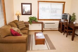 Glacier Ridge Suites - better value than HOTELS