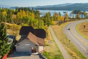 Spoke and Paddle Lodge | Rental Home