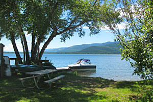 Book Swan Lake Campsites online